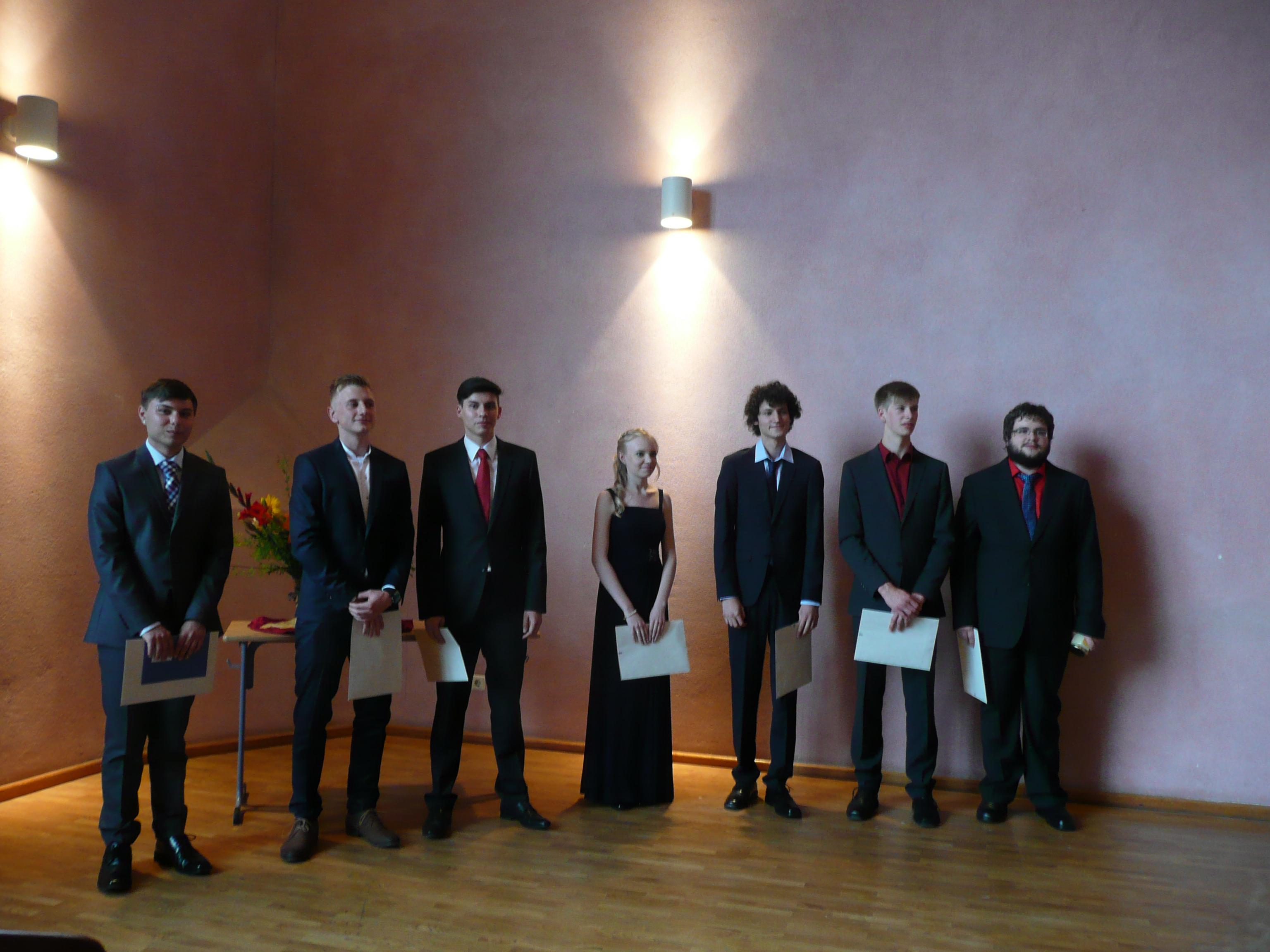 von li nach re: Julius Strey, Tobias Lindner, Simon Reineke, Laura Binoth, Christian Schröck, Hannes Gabelmann, Sören Kannegieser
